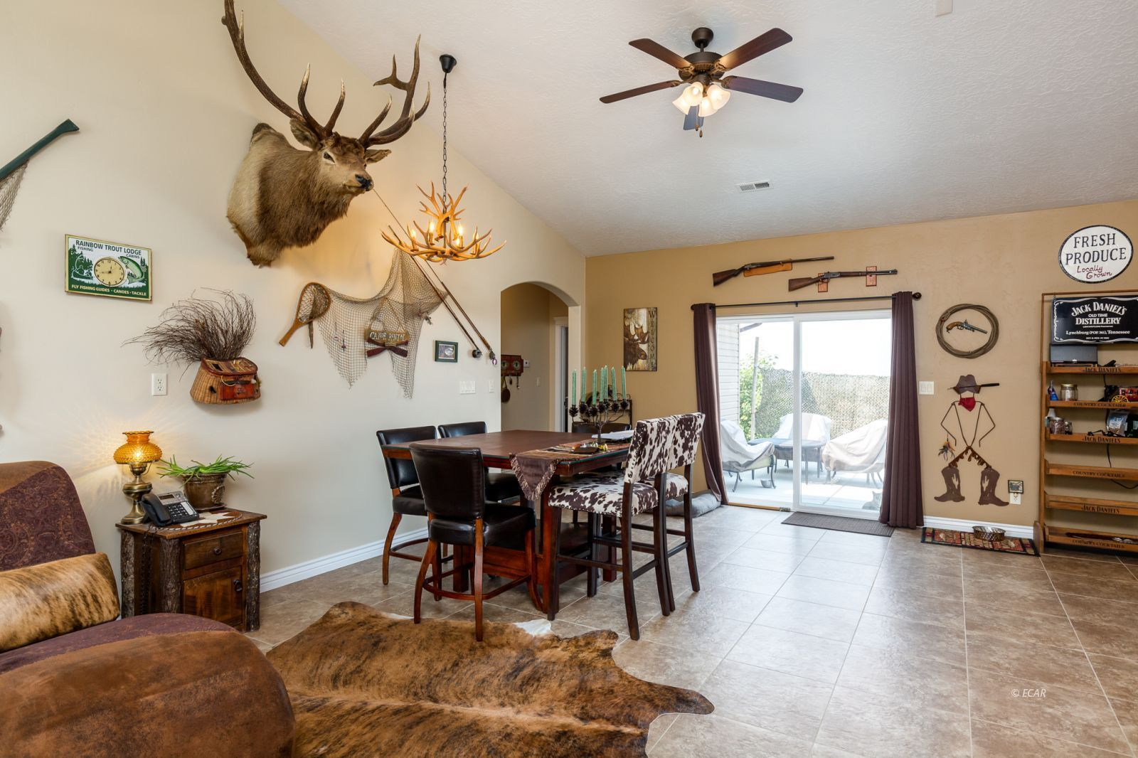 648 Spring Creek Parkway Property Photo 7
