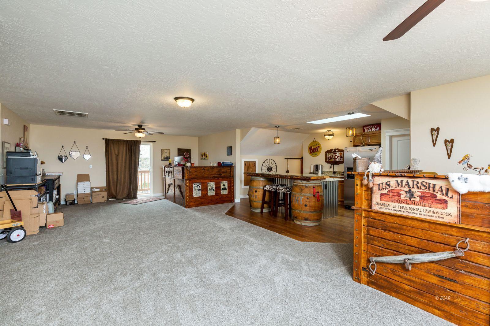 648 Spring Creek Parkway Property Photo 12