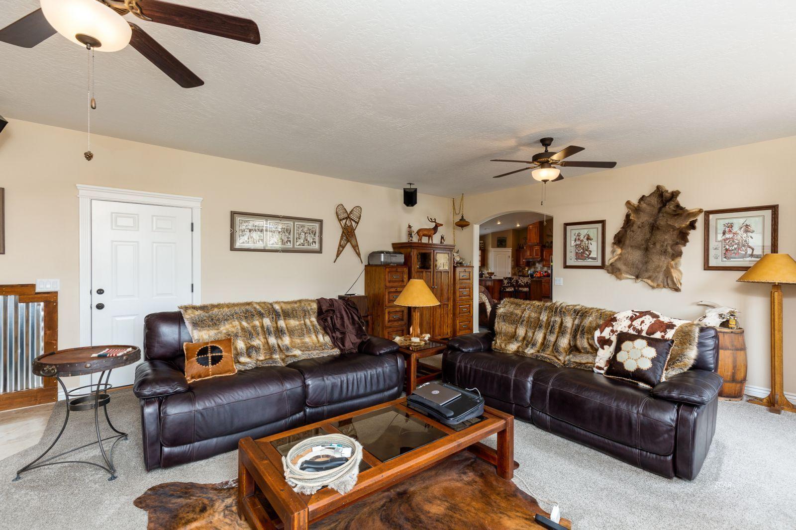 648 Spring Creek Parkway Property Photo 23