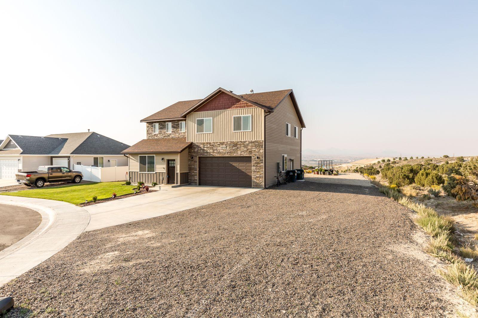 1717 Partridge Drive Property Photo 2