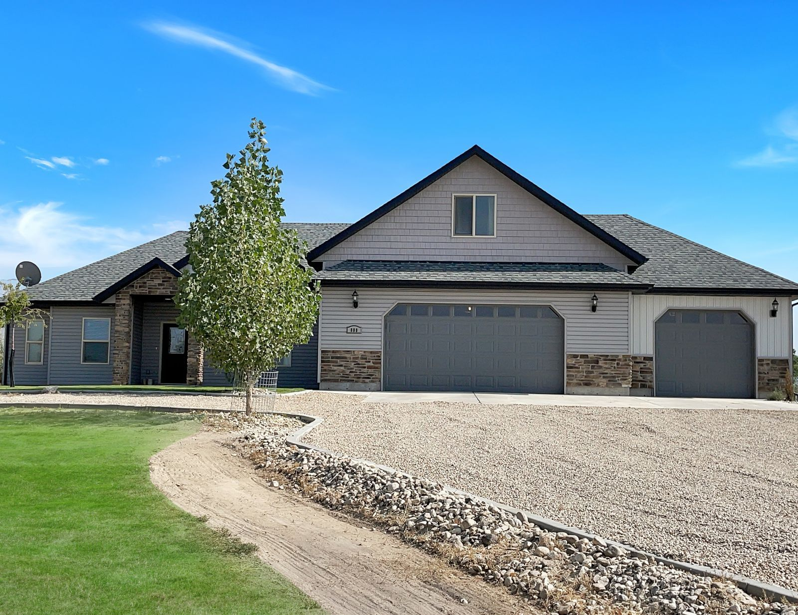 888 Black Oak Drive Property Photo 1