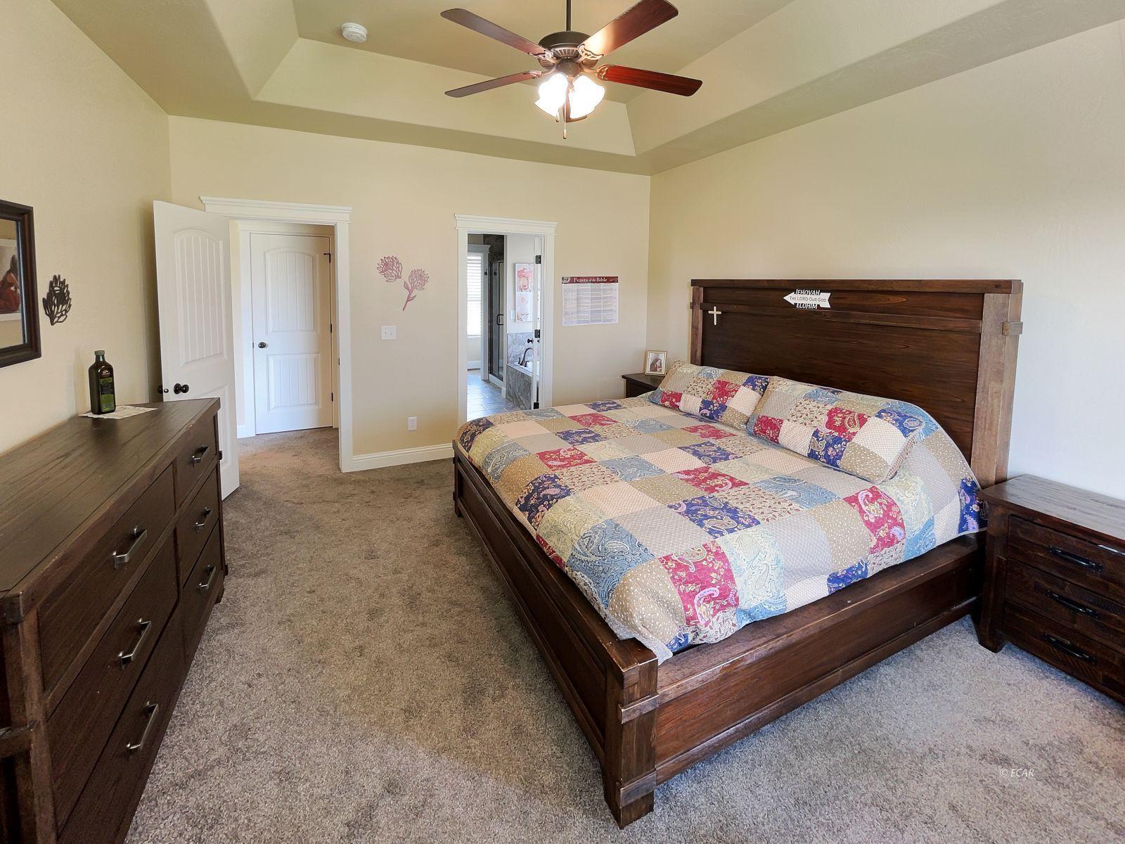 888 Black Oak Drive Property Photo 11