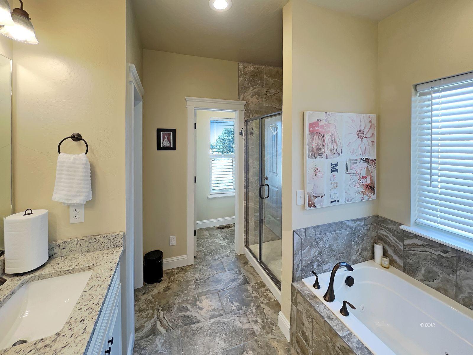 888 Black Oak Drive Property Photo 12