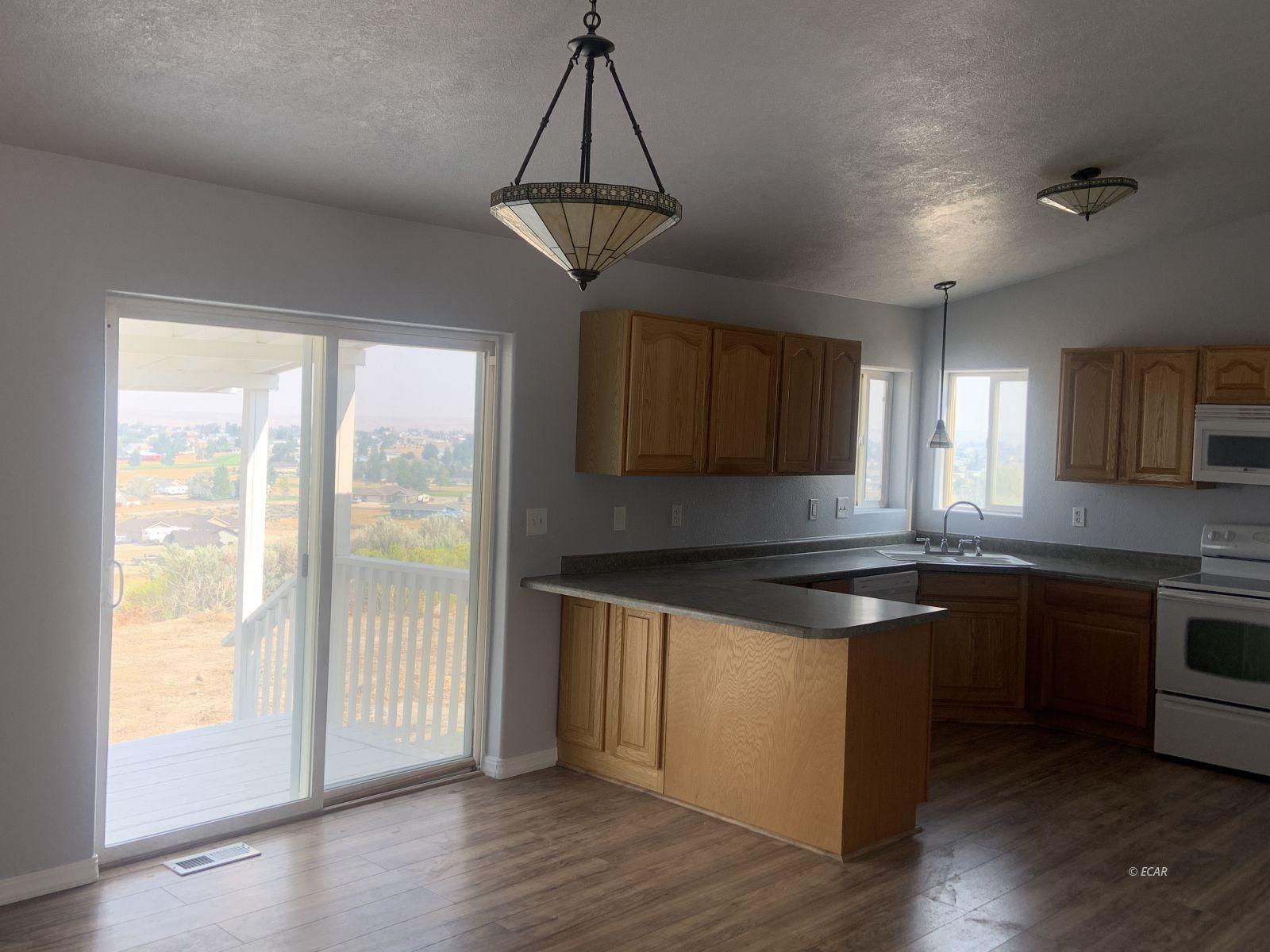 217 Blakeland Drive Property Photo 5