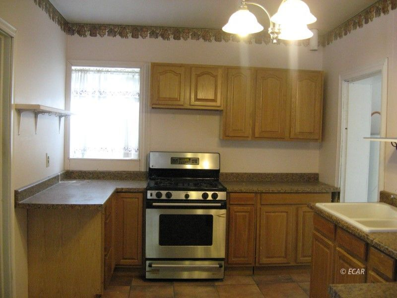 634 5th Street Property Photo 7