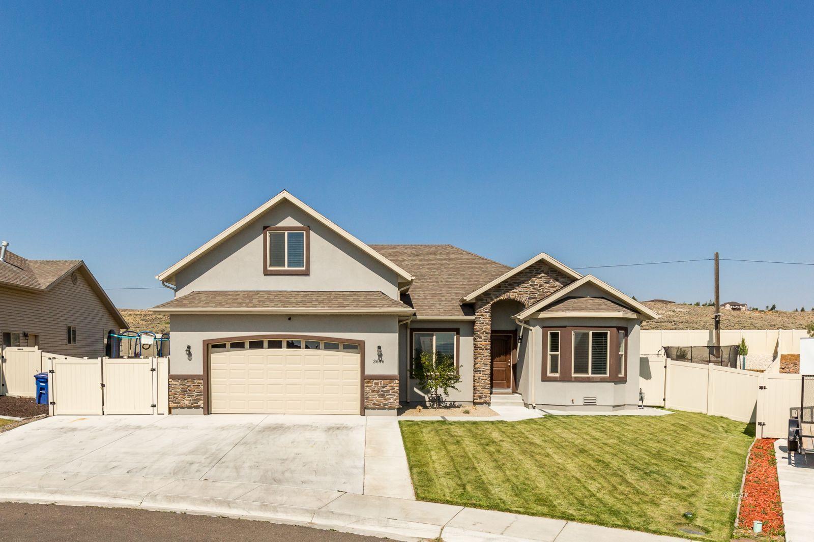 3646 Snowy River Street Property Photo 1