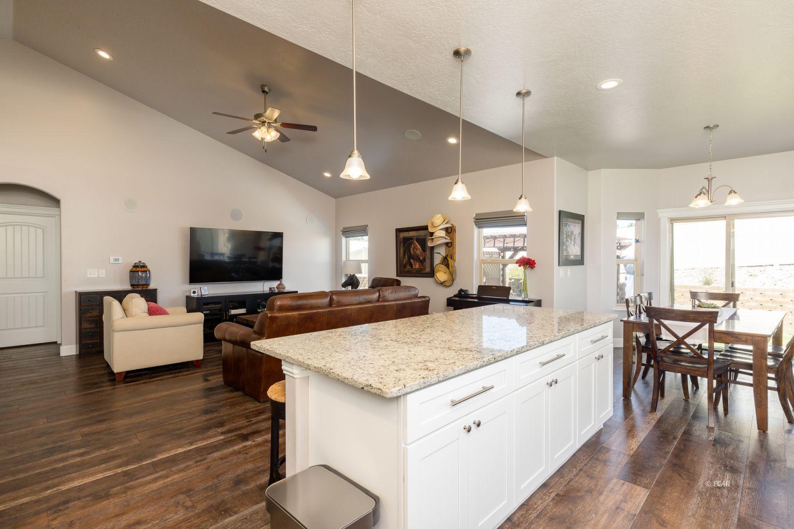 3646 Snowy River Street Property Photo 8