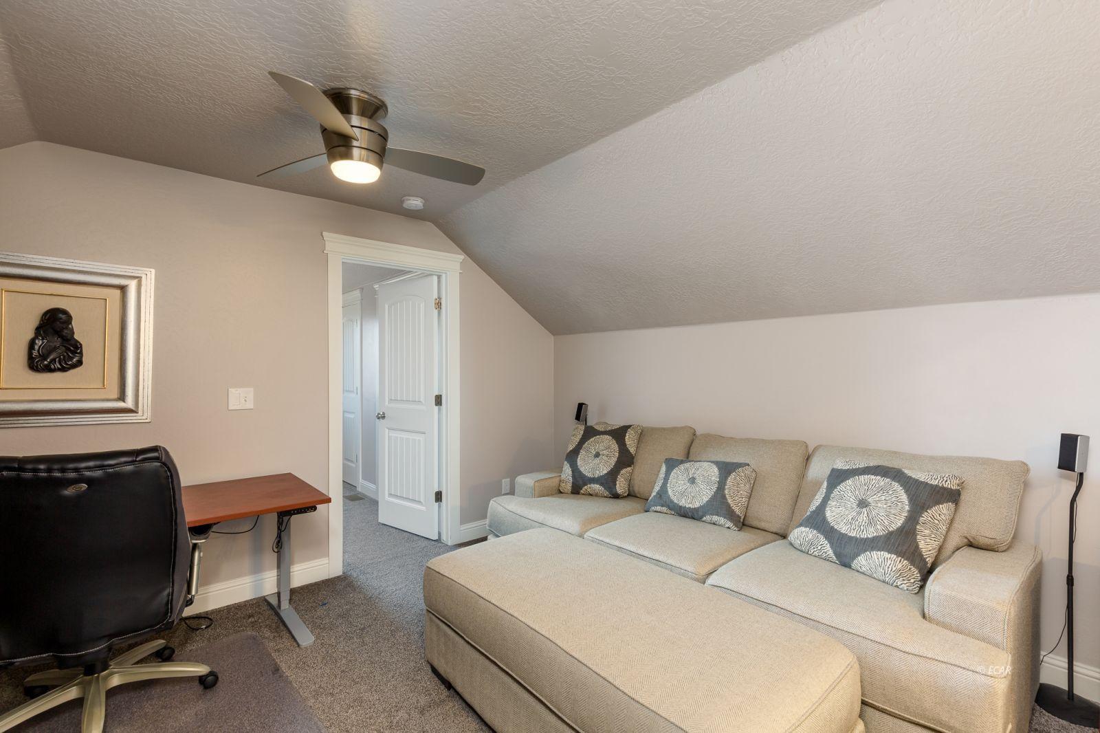 3646 Snowy River Street Property Photo 16