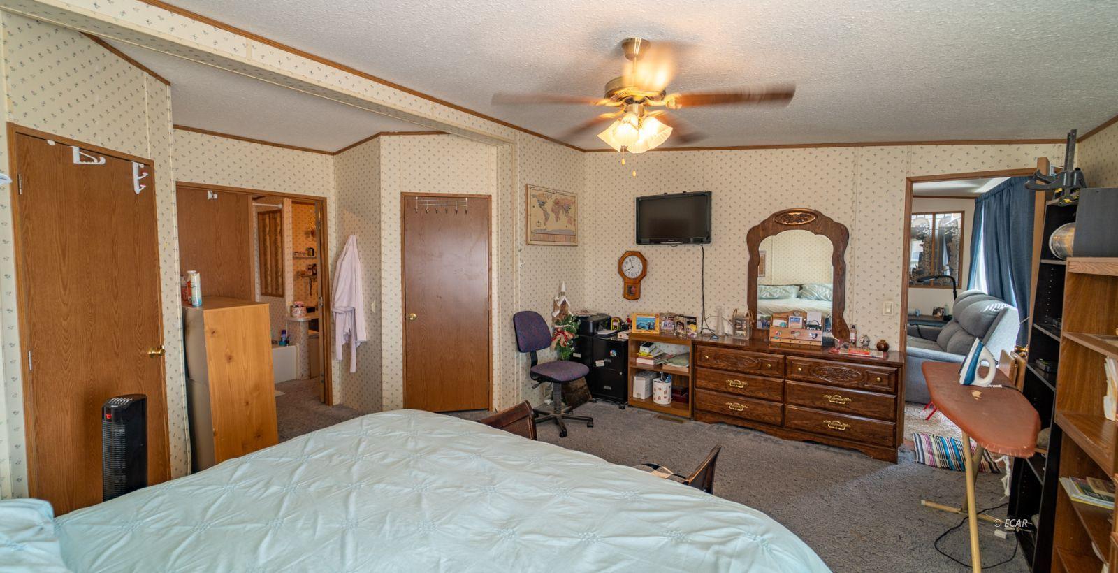575 Brent Drive Property Photo 6