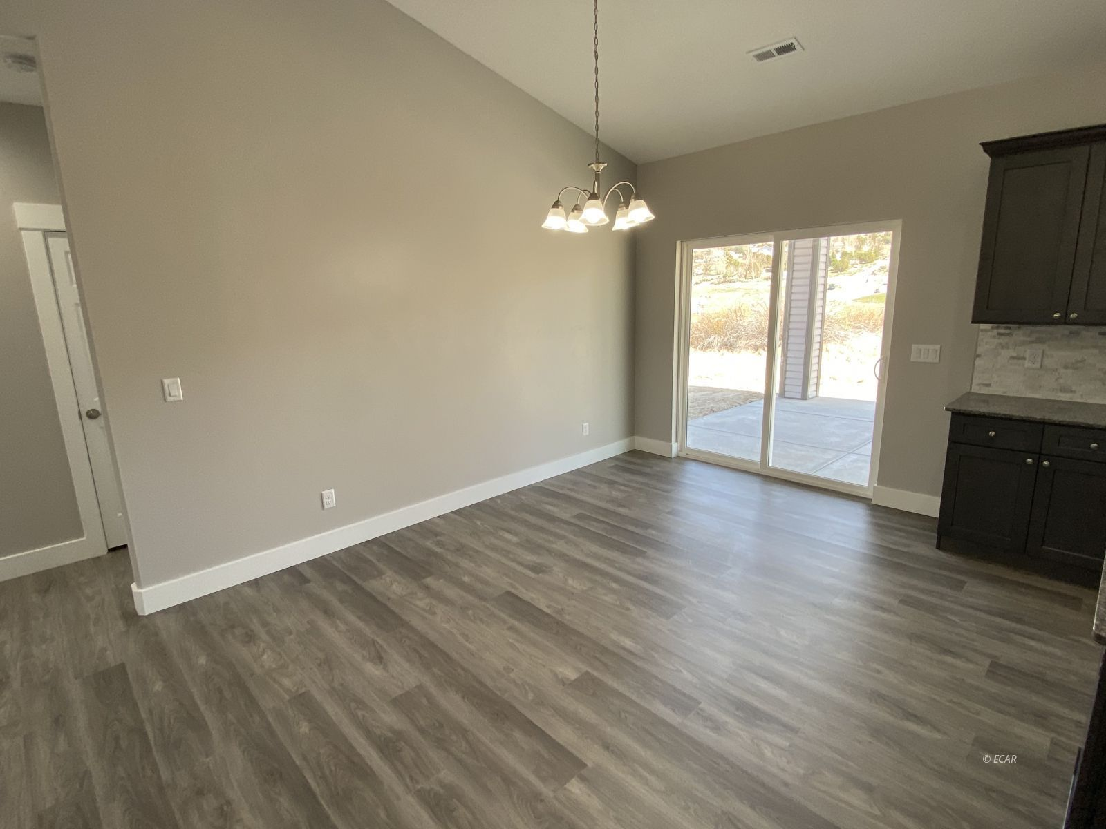 364 Country Club Parkway Property Photo 13
