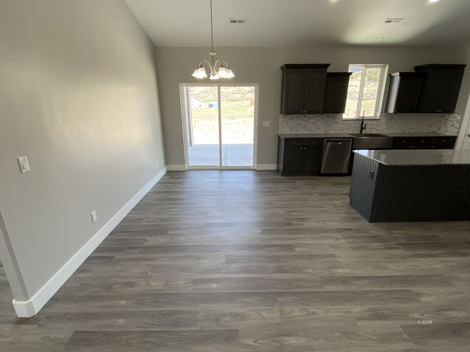364 Country Club Parkway Property Photo 14