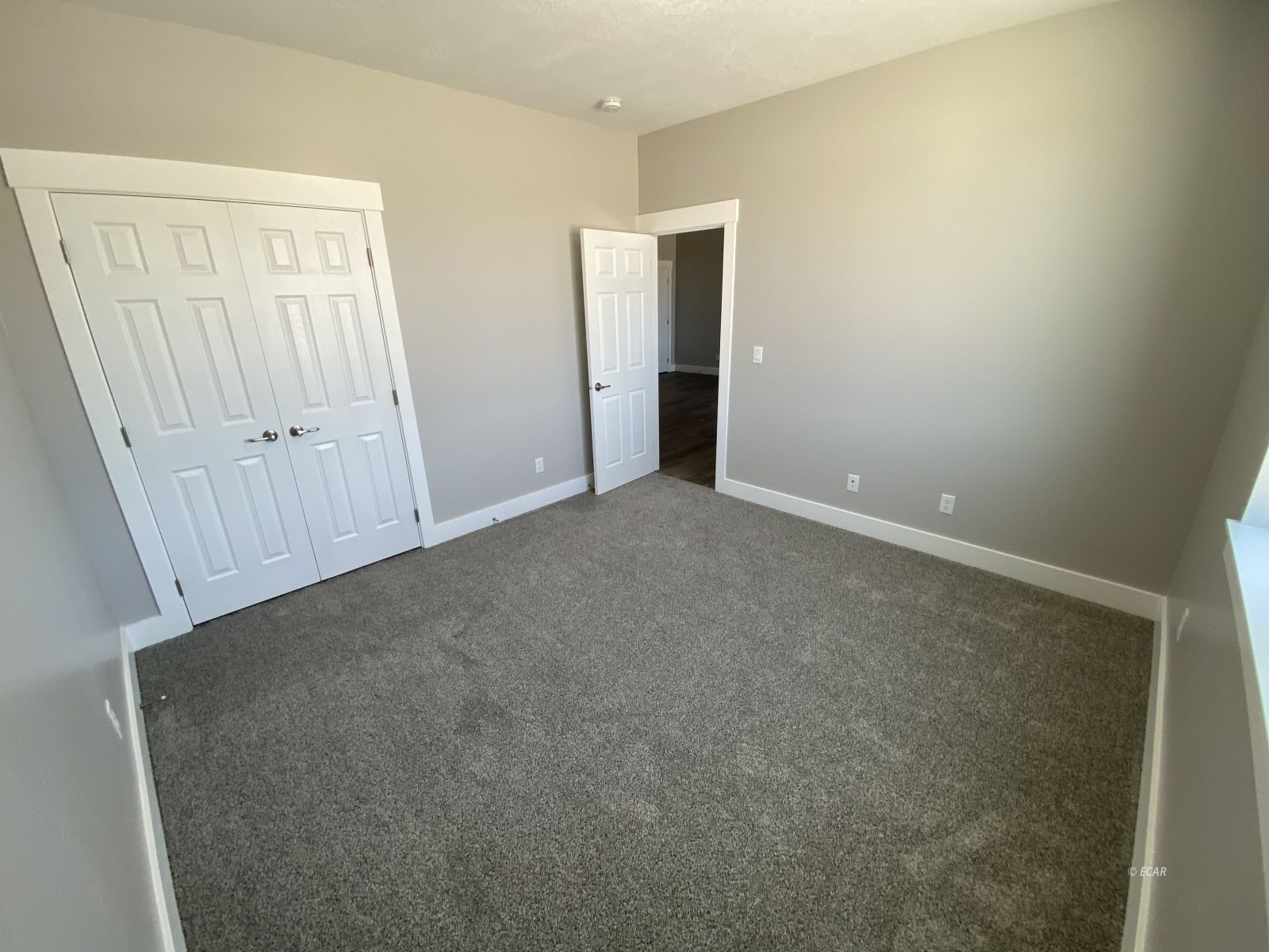 364 Country Club Parkway Property Photo 16