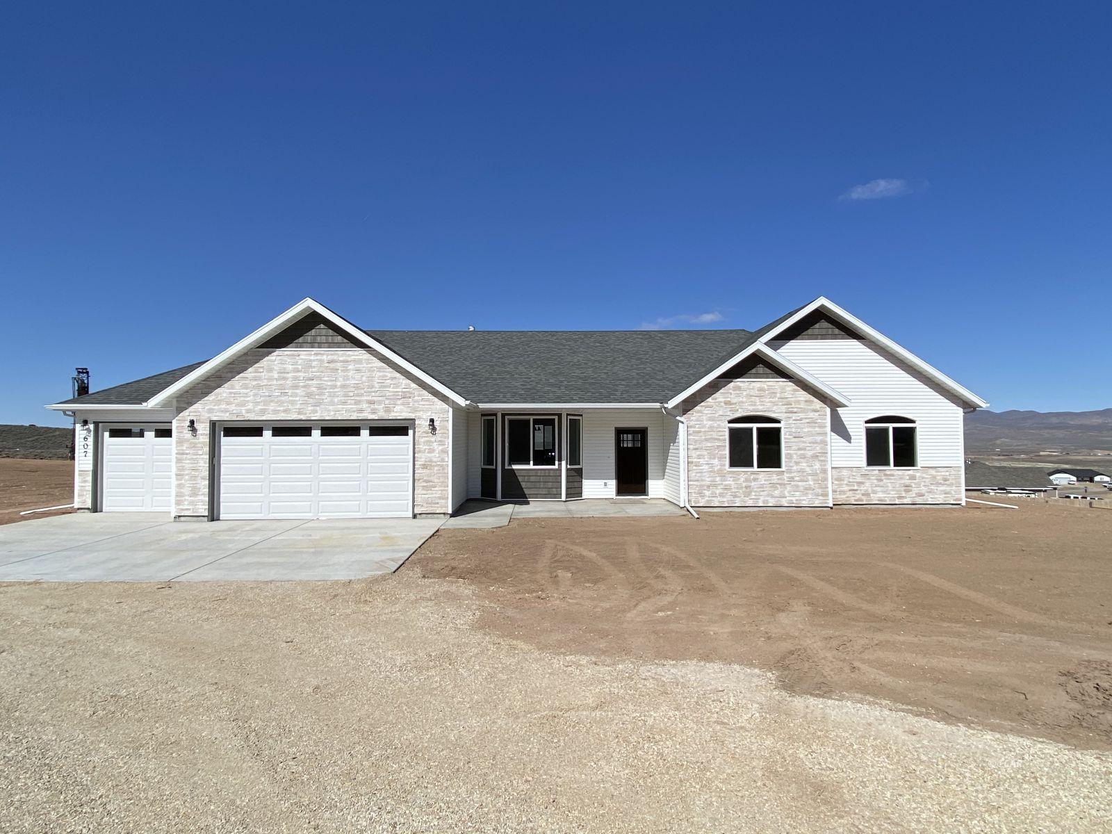 742 Wolcott Drive Property Photo 1