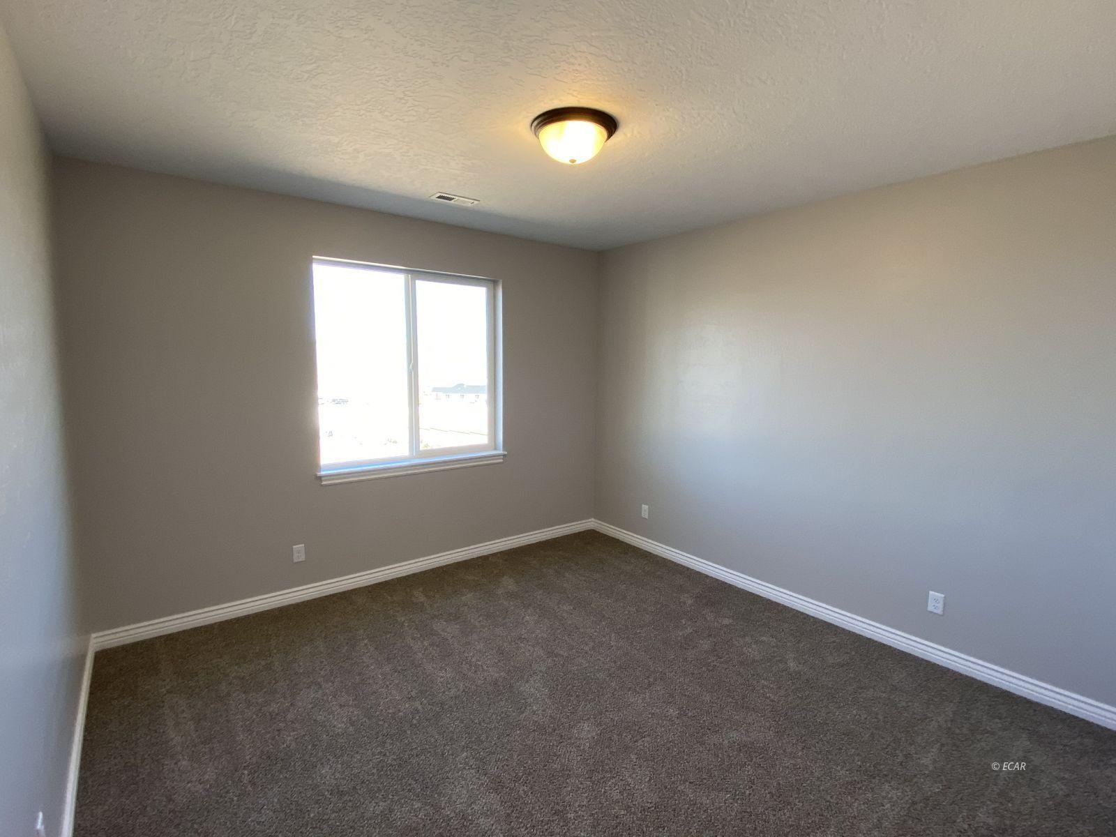 742 Wolcott Drive Property Photo 23