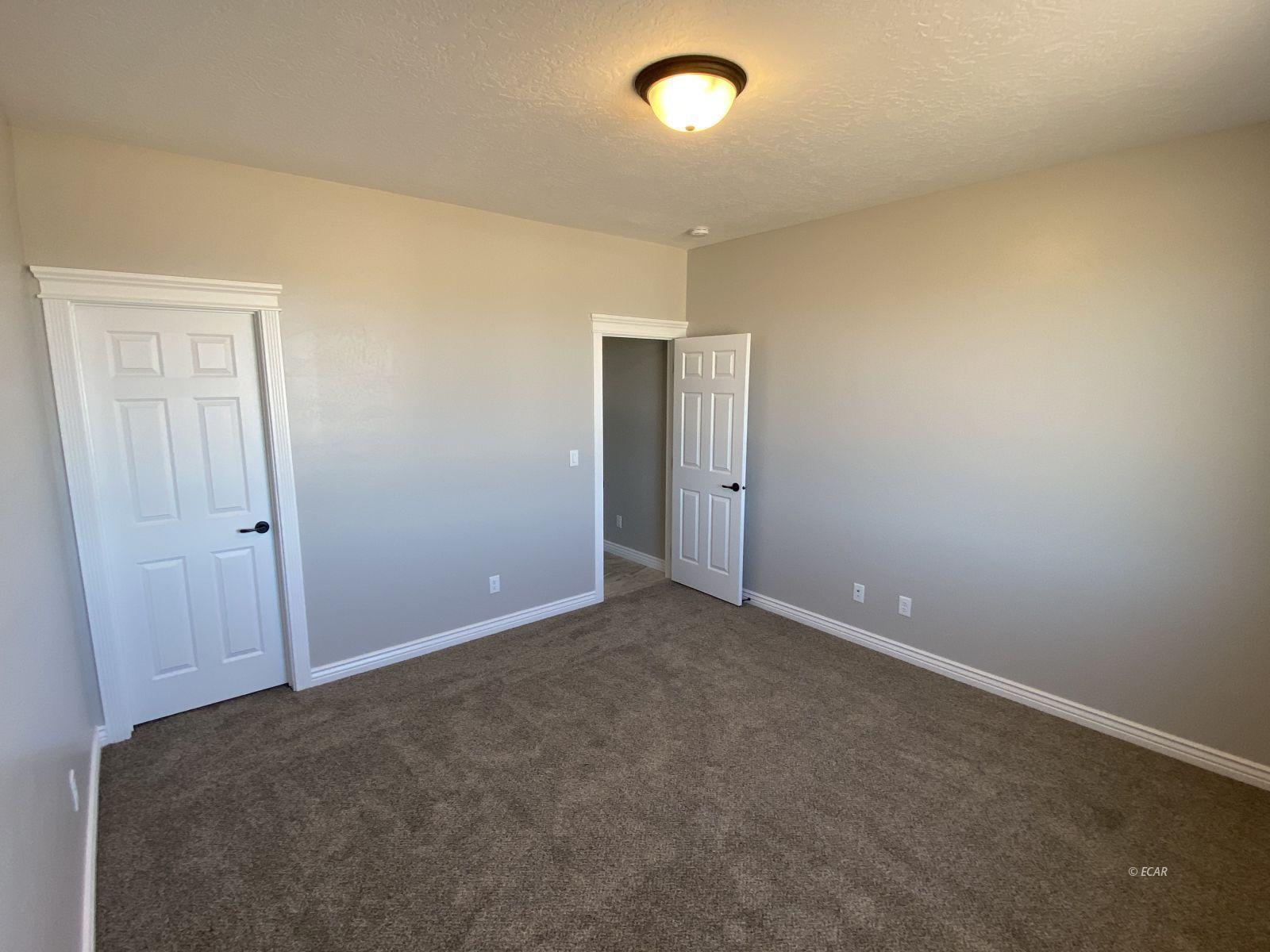 742 Wolcott Drive Property Photo 24