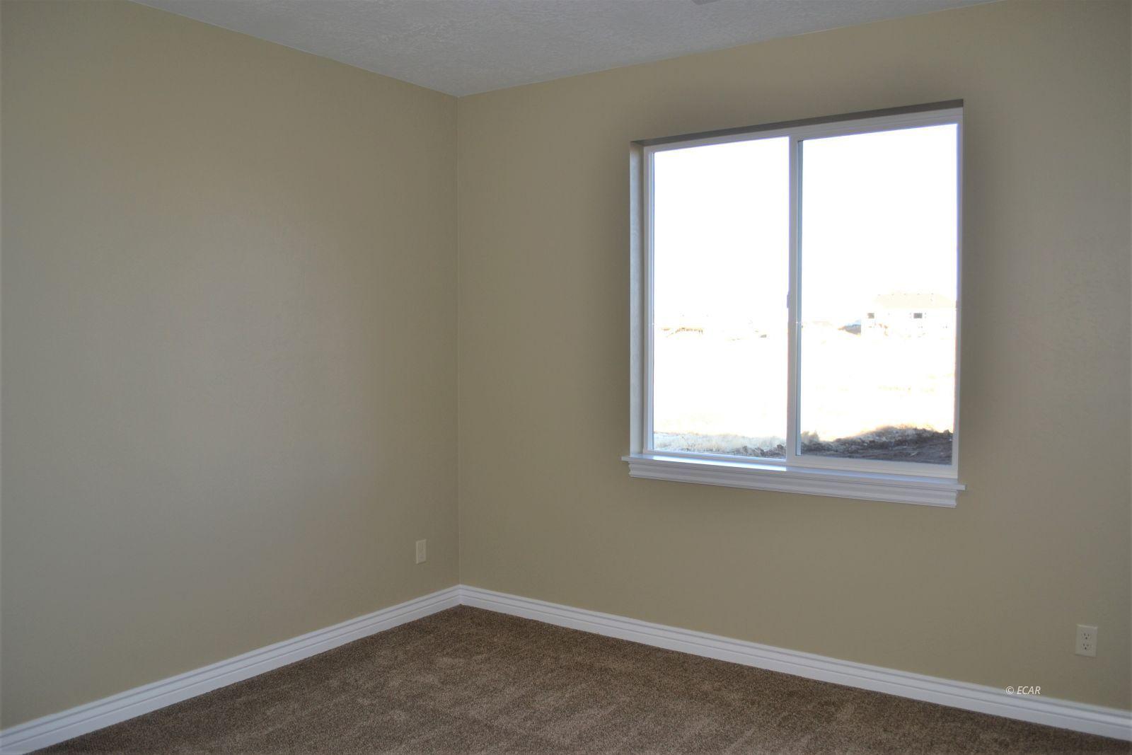 1014 Amber Way Property Photo 36
