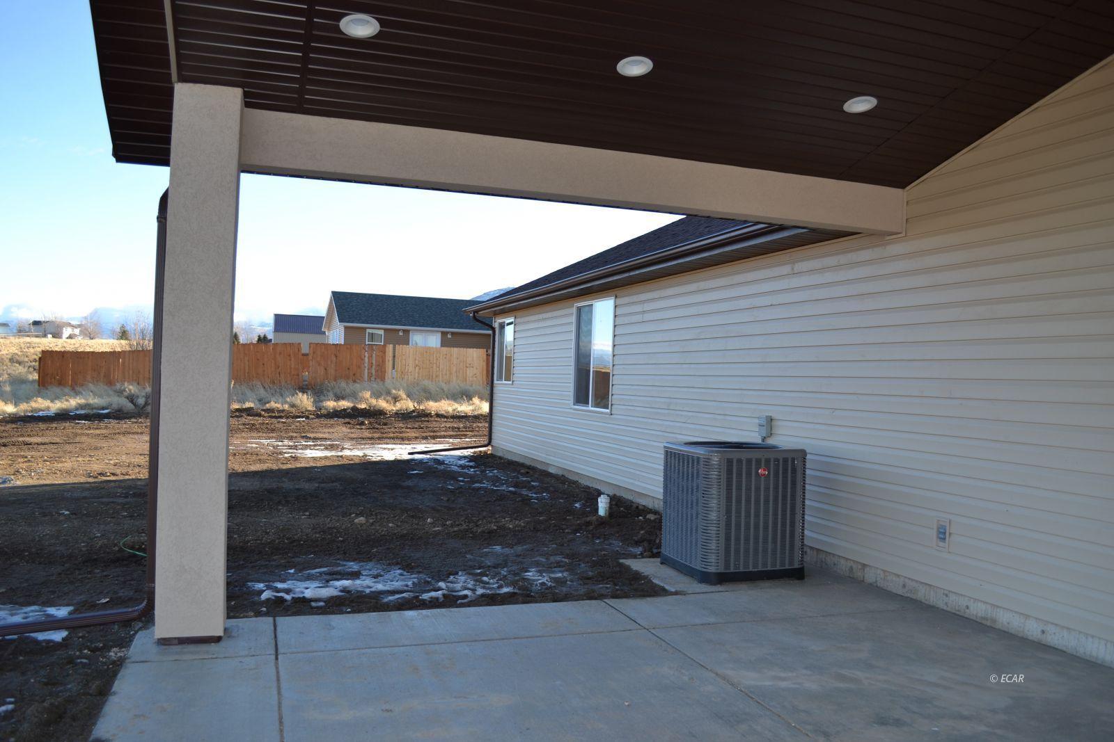 1014 Amber Way Property Photo 44