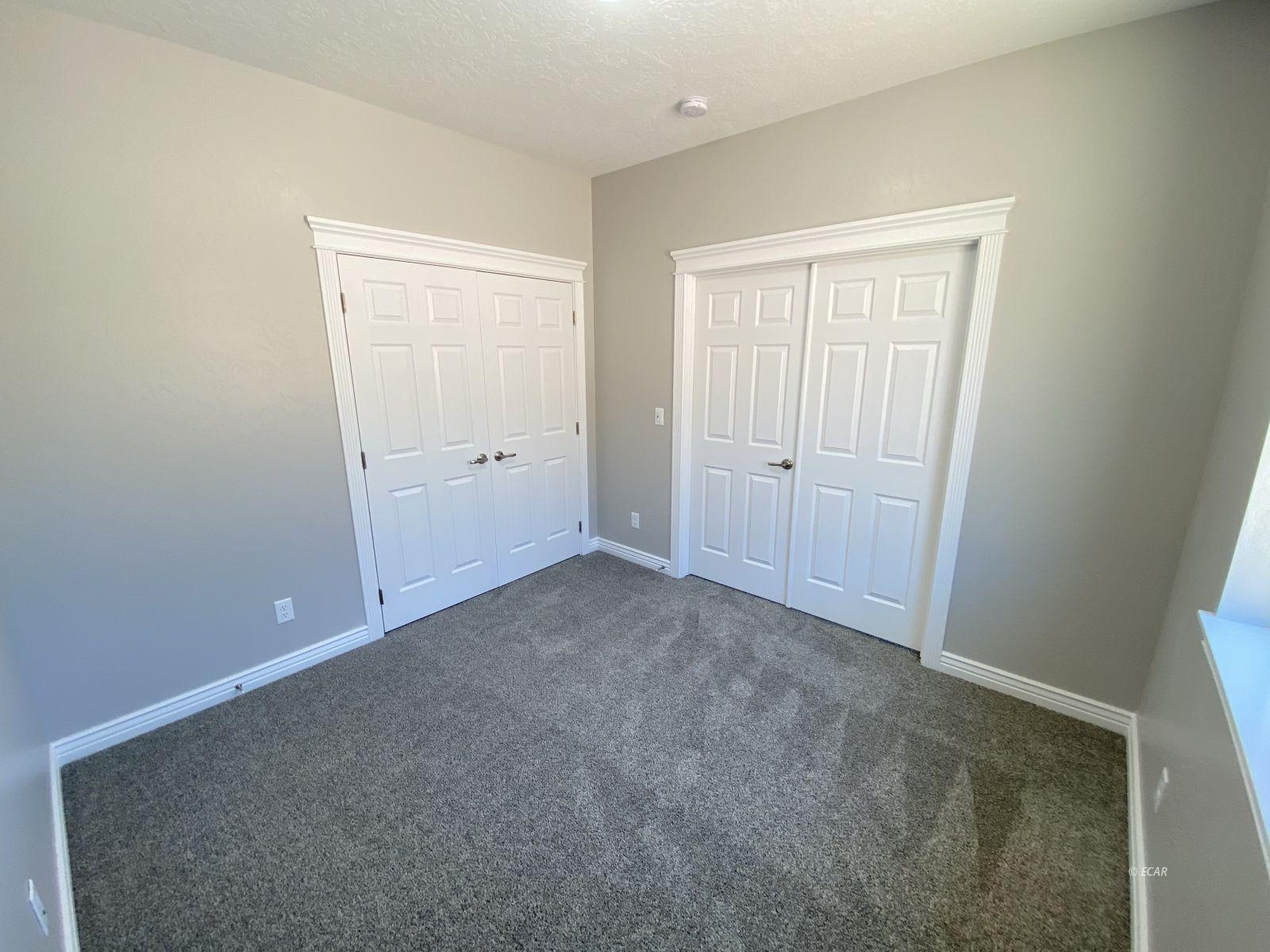 1075 Amber Way Property Photo 17