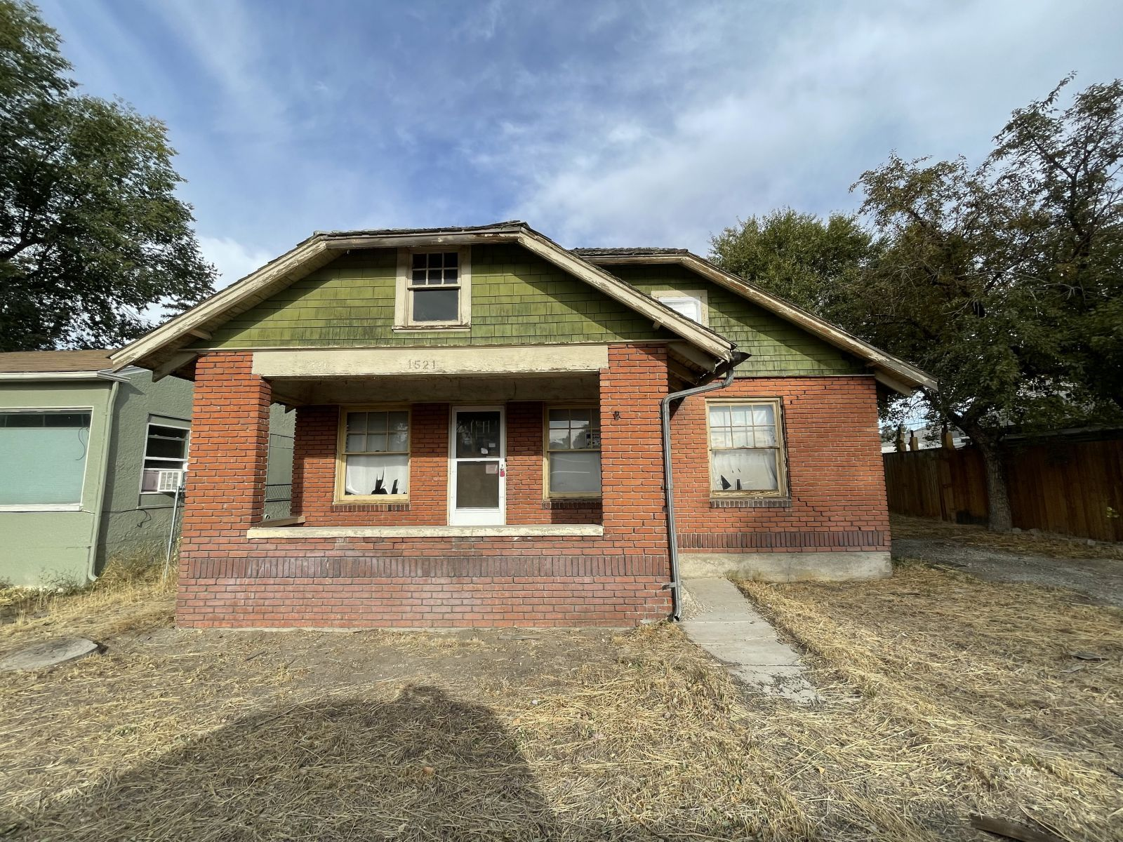 1521 Lake Avenue Property Photo 1