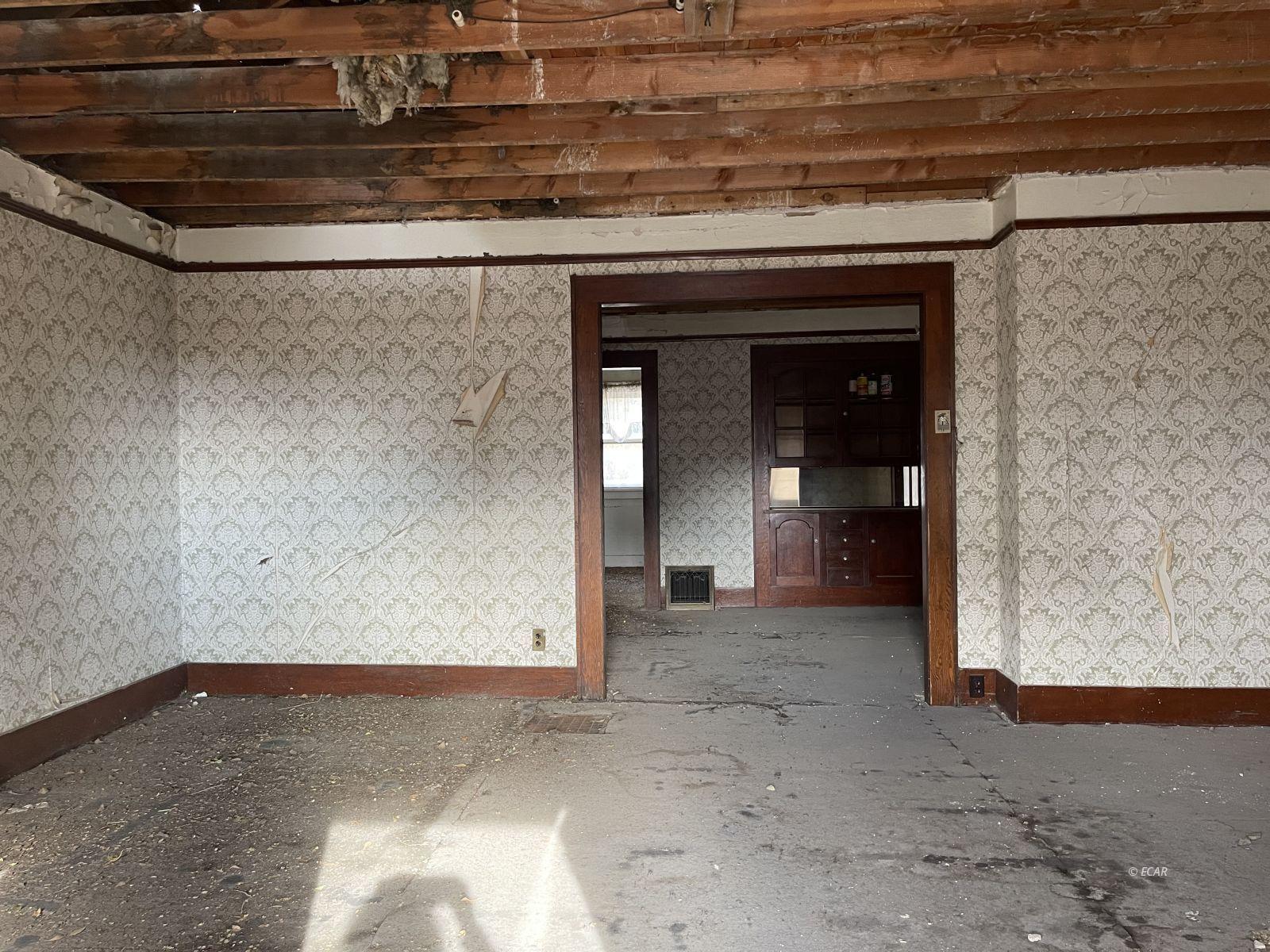1521 Lake Avenue Property Photo 5