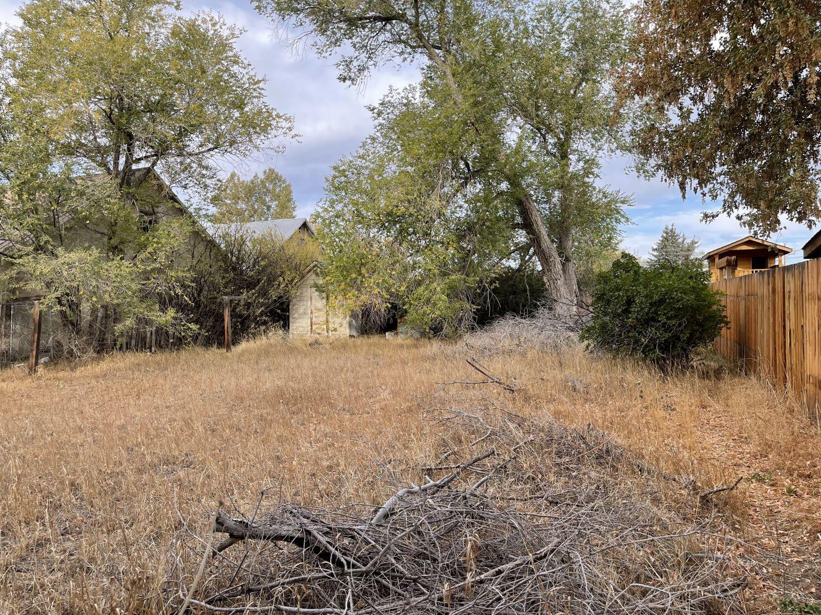1521 Lake Avenue Property Photo 13