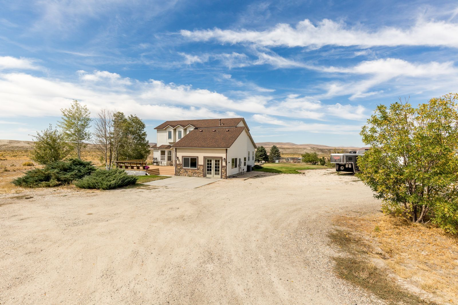 600 Shadybrook Drive Property Photo 2