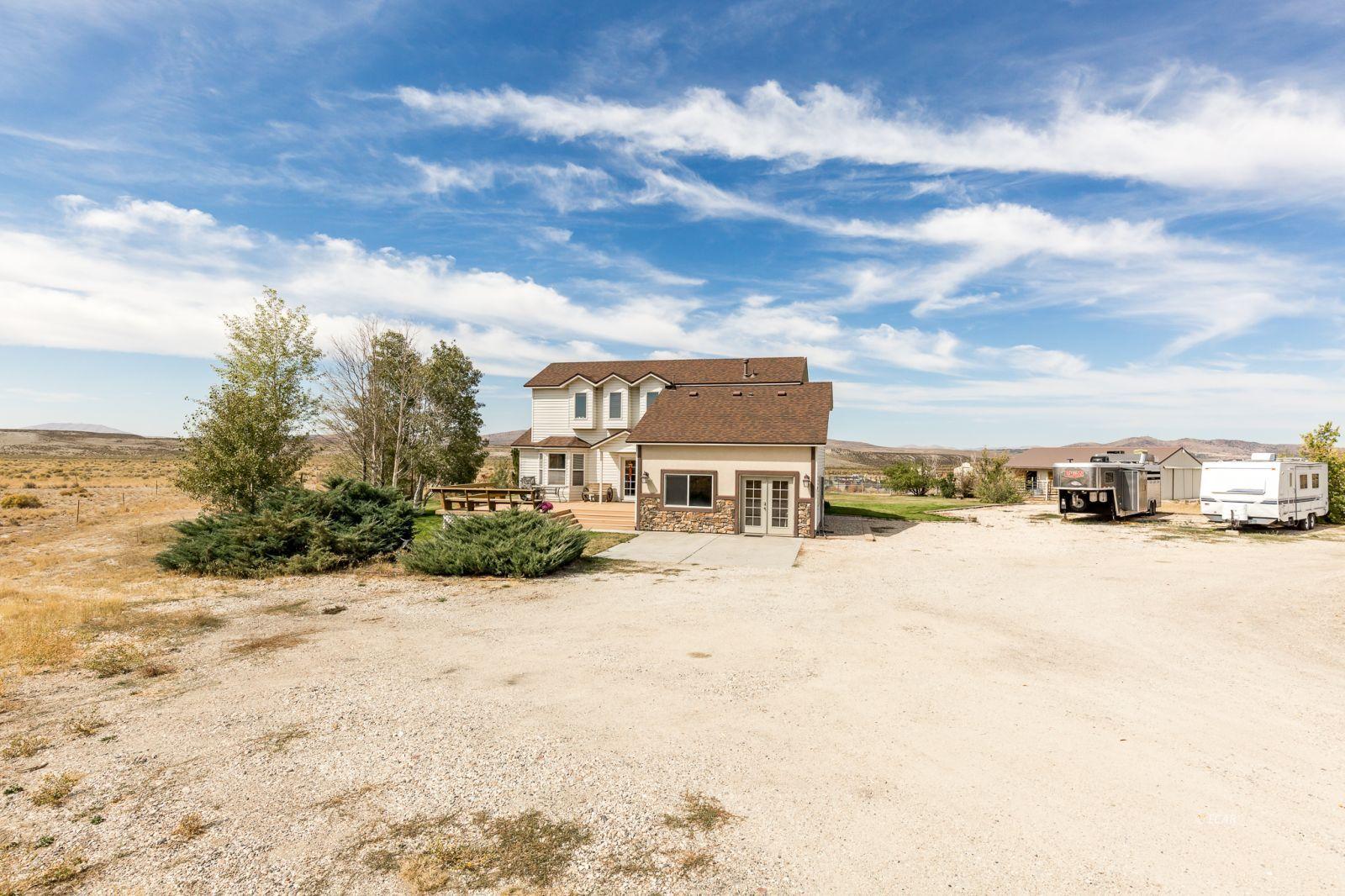 600 Shadybrook Drive Property Photo 3