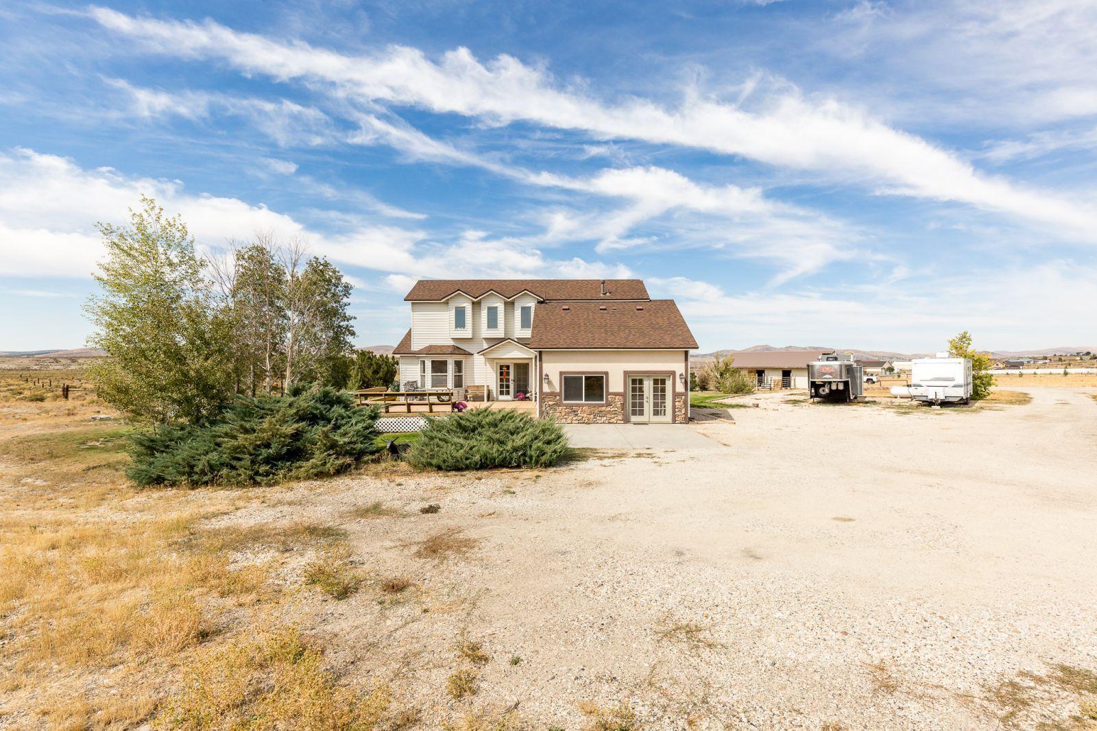 600 Shadybrook Drive Property Photo 4
