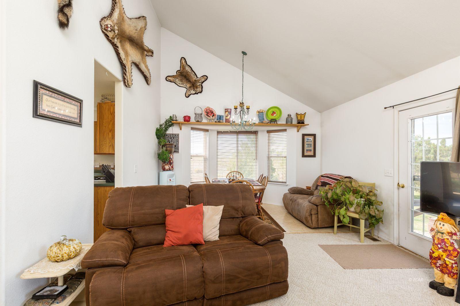 600 Shadybrook Drive Property Photo 13