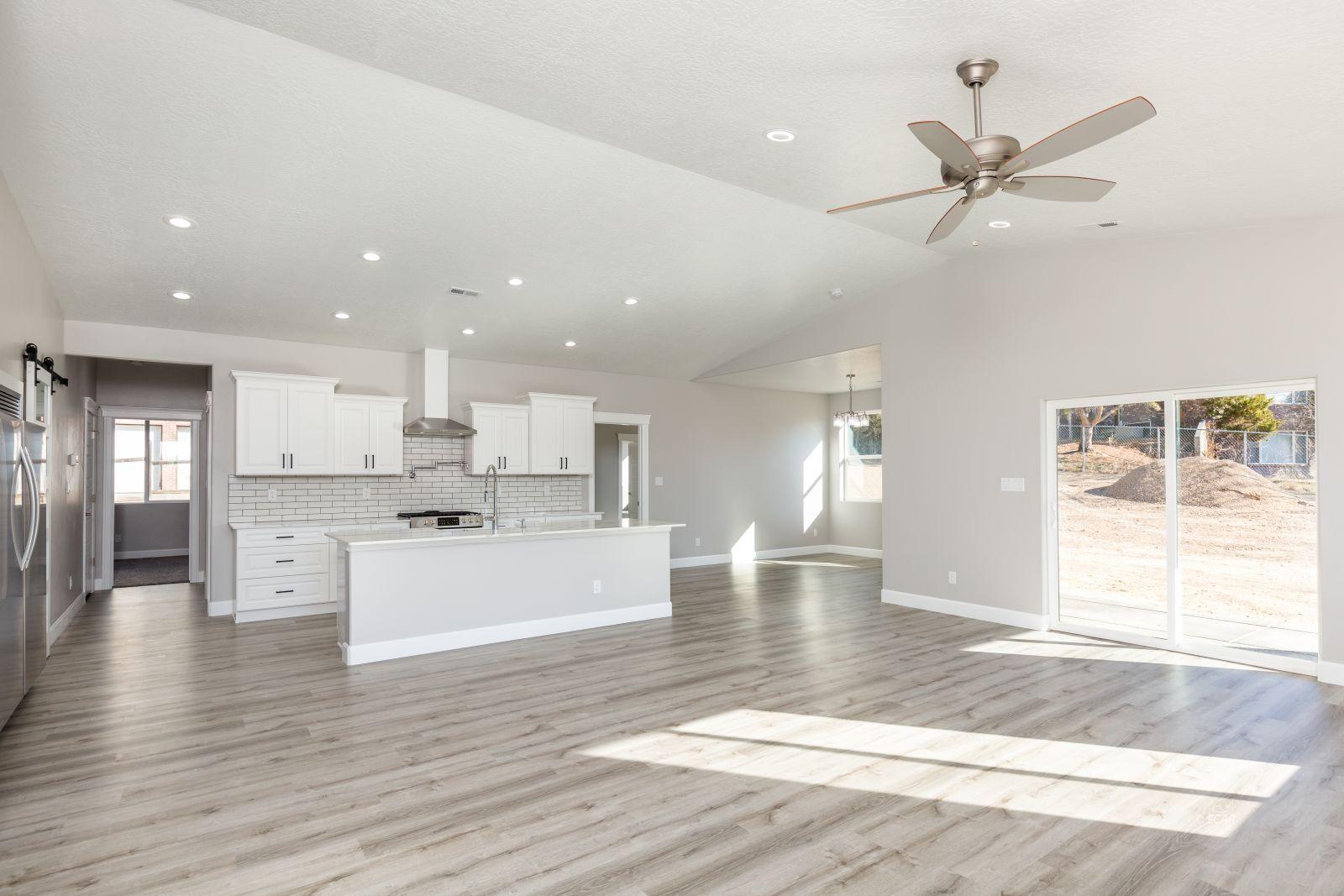 2746 Starley Circle Property Photo 5