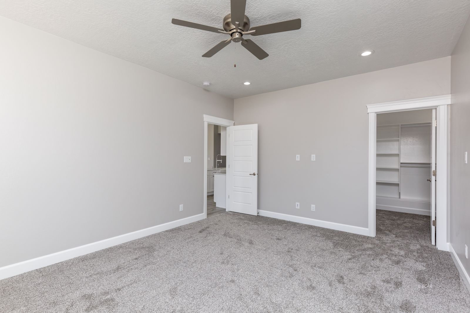 2746 Starley Circle Property Photo 21