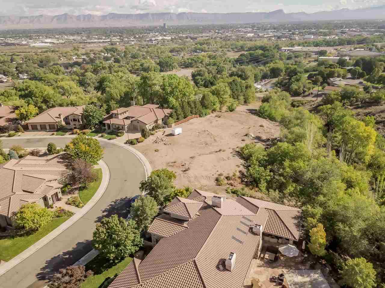422 High Pointe Circle Property Photo 1