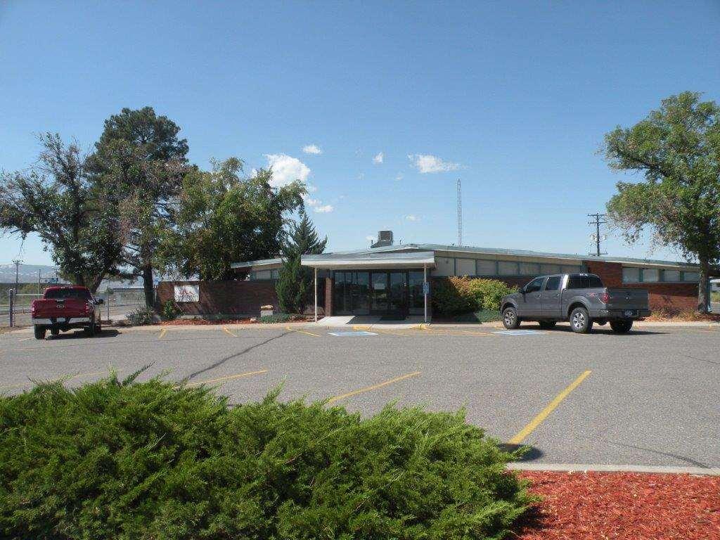 2801 Grand Avenue Property Photo 1
