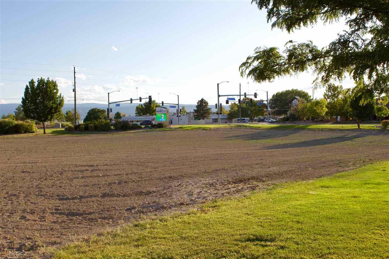 600 28 1/4 Road Property Photo 14