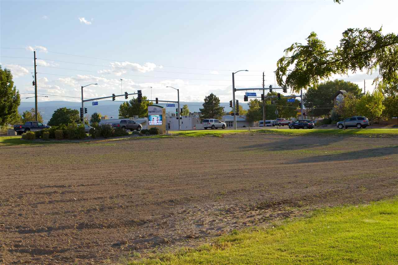 600 28 1/4 Road Property Photo 15