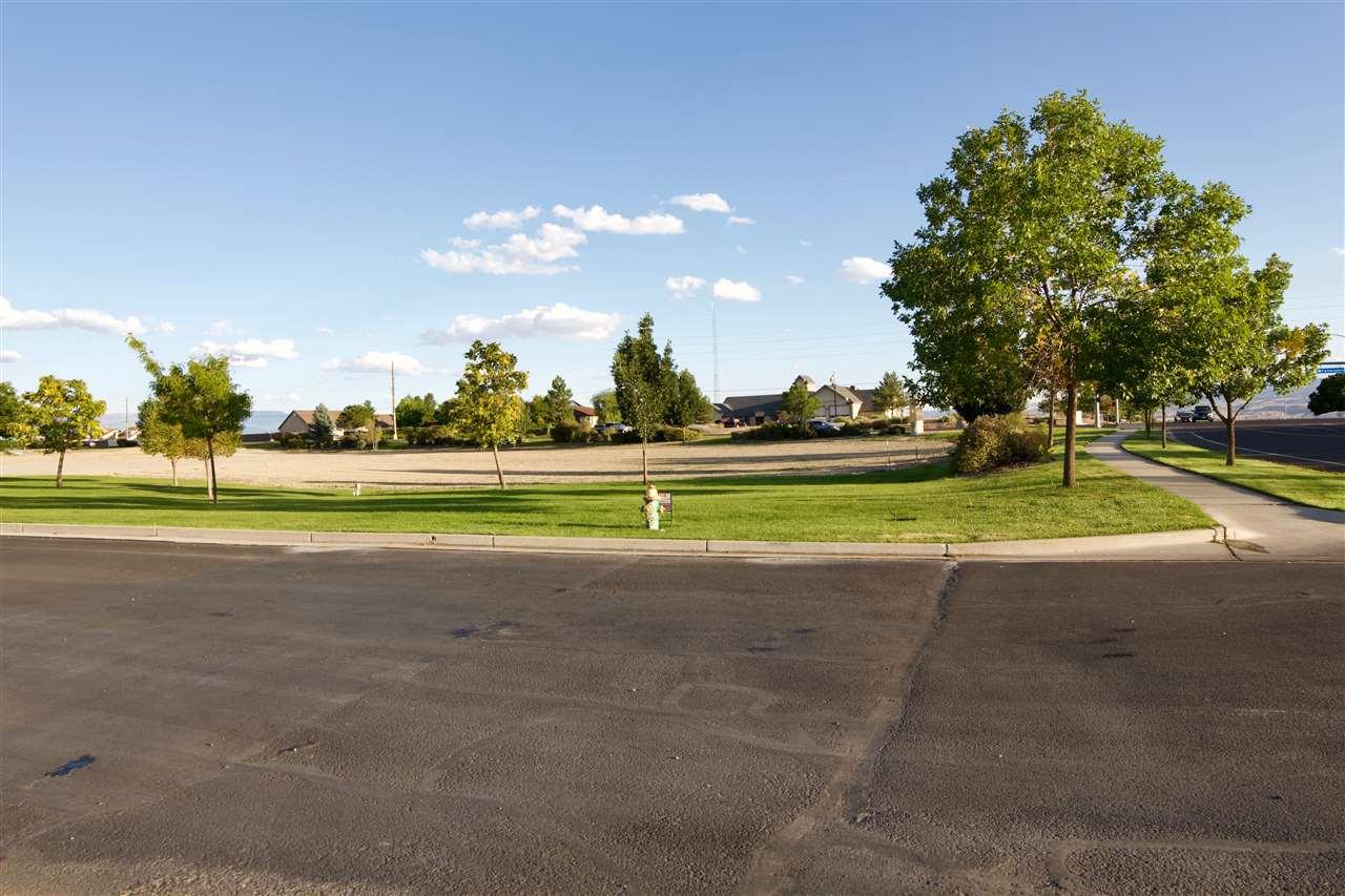 600 28 1/4 Road Property Photo 25