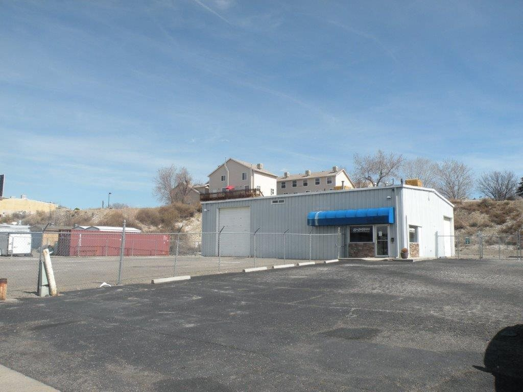 1420 Motor Street Property Photo