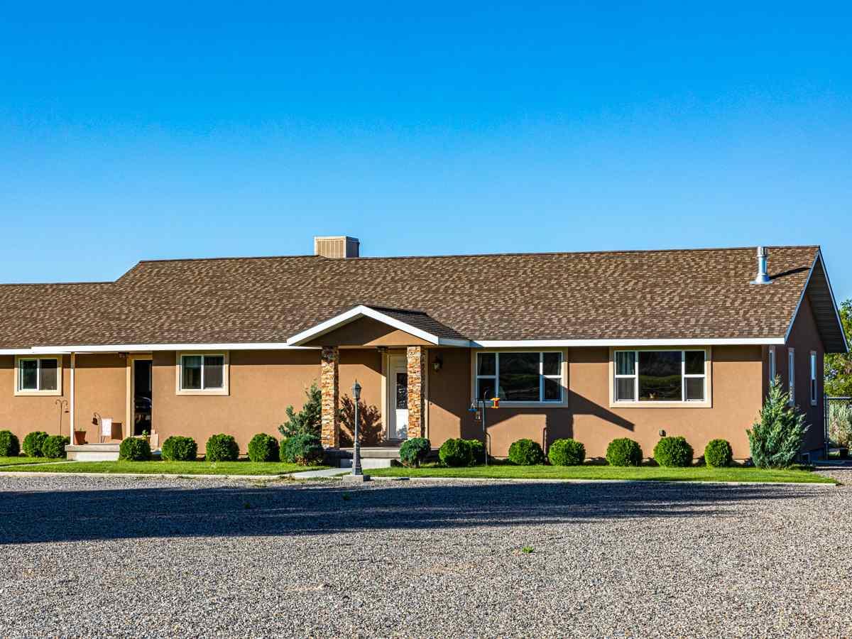 Eckert Real Estate Listings Main Image