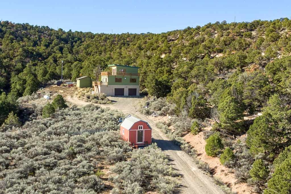 18461 Little Park Road Property Photo