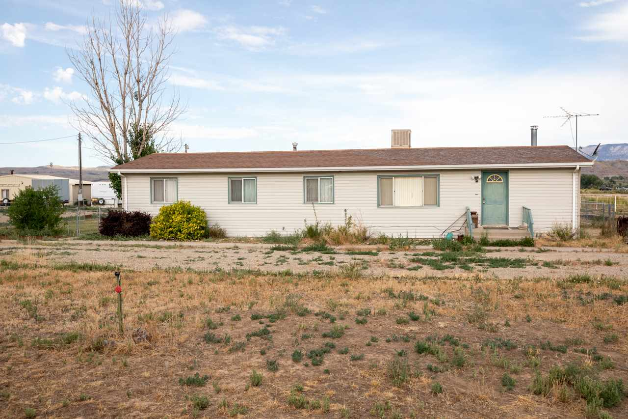 2053 45 Road Property Photo