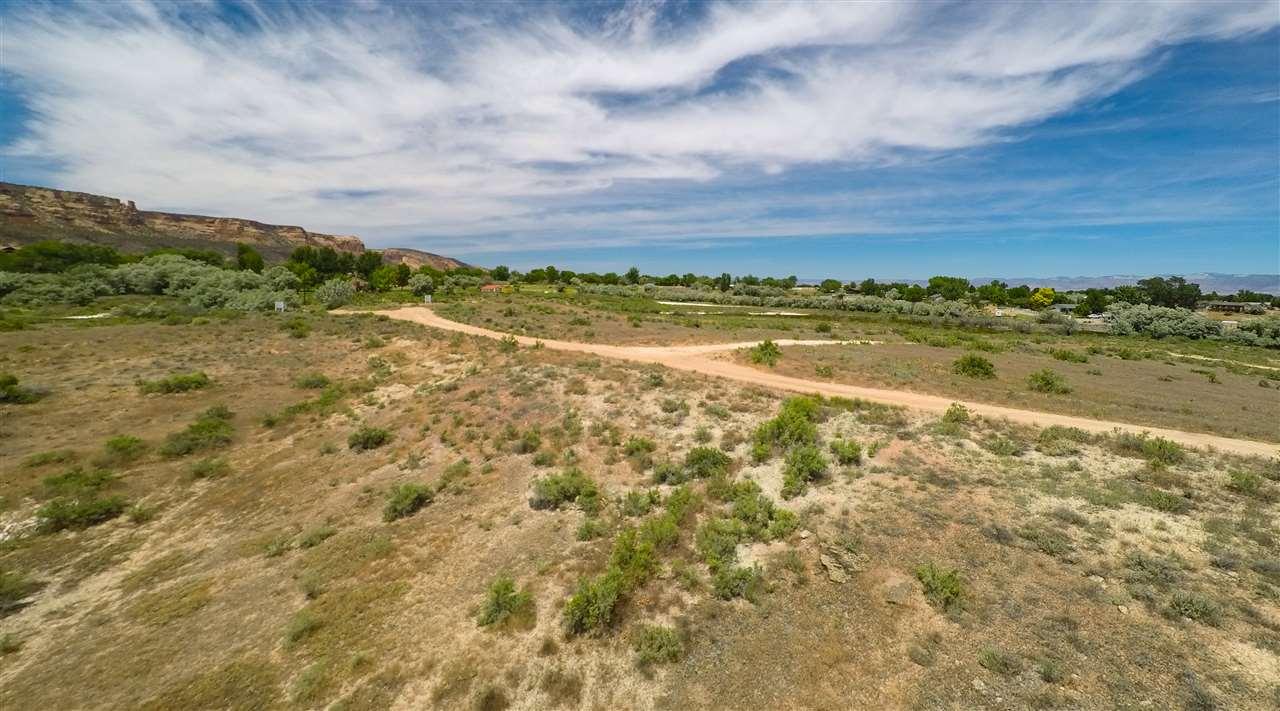 2085 E 1/2 Road Property Photo 3