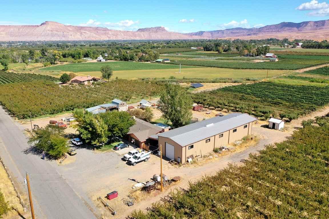 274 33 Road Property Photo 1