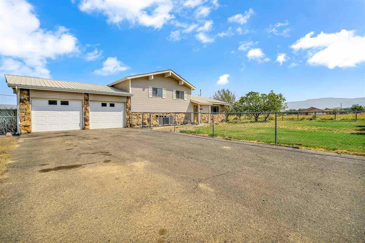 3126 B Road Property Photo