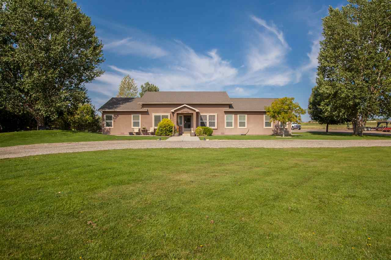 1275 14 Road Property Photo 1