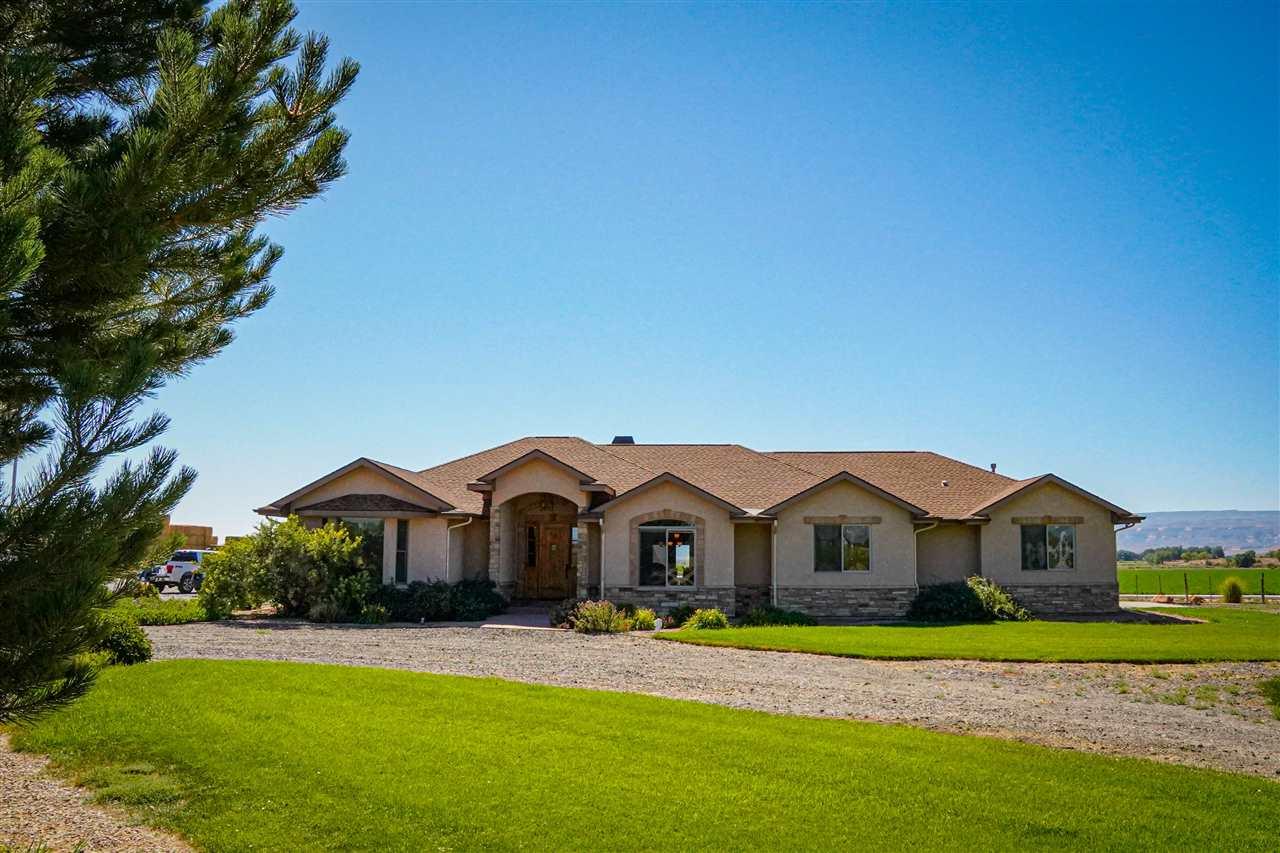 1257 Q Road Property Photo