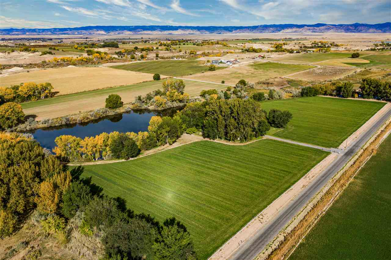 1671 11 8/10 Road Property Photo - Loma, CO real estate listing