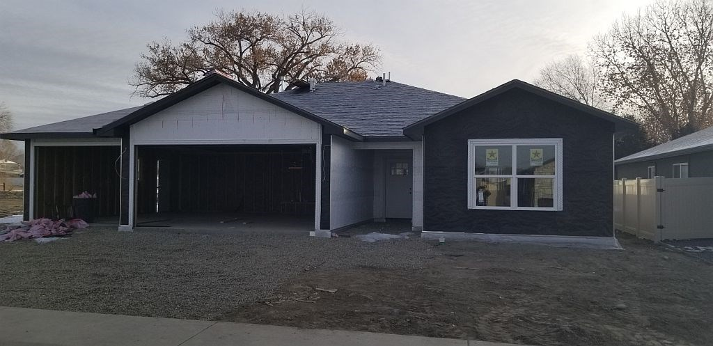 440 B Fox Meadows Street Property Photo - Grand Junction, CO real estate listing
