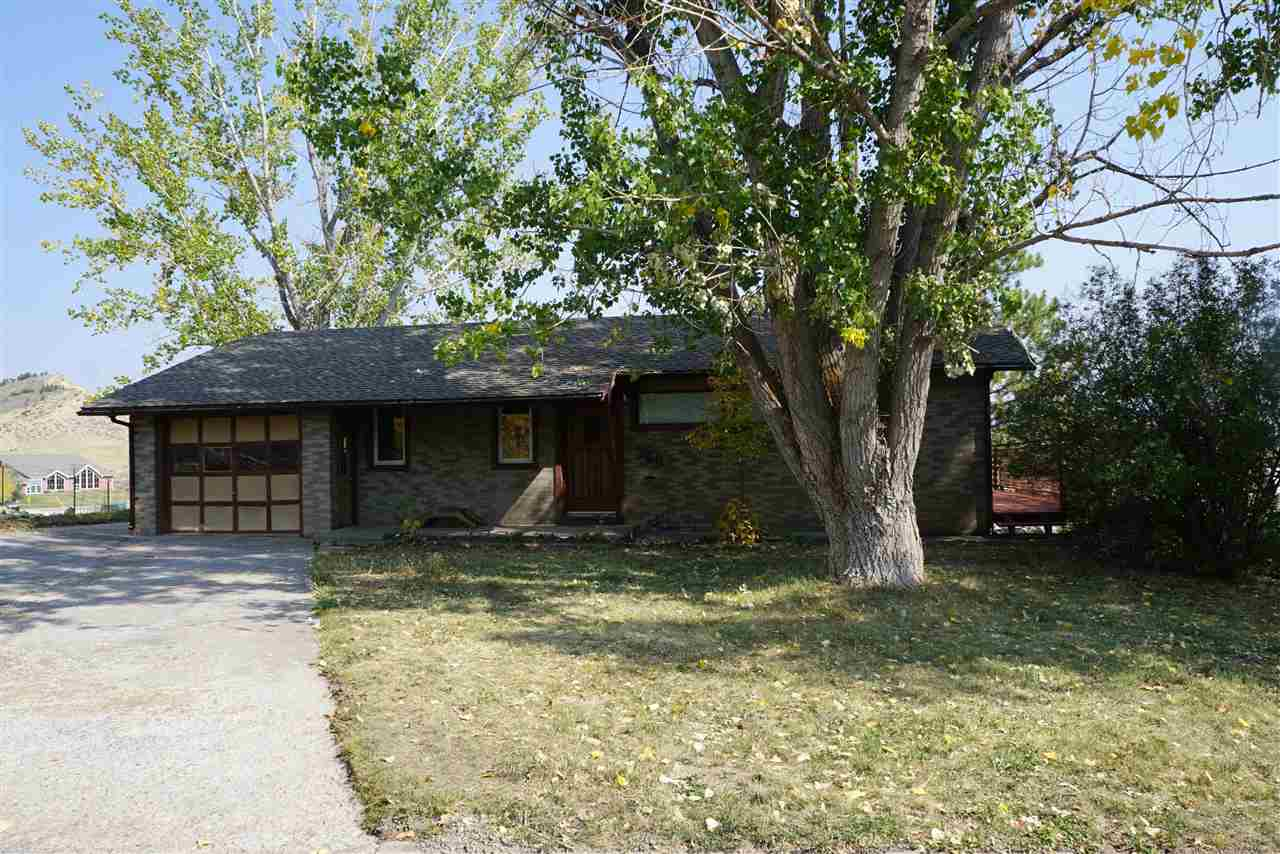760 2nd Street Property Photo