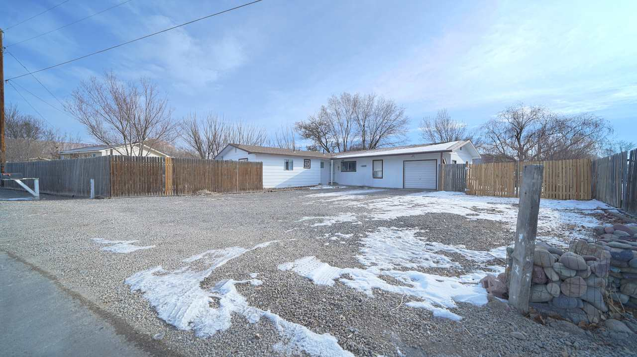 626 Frontage Road Property Photo
