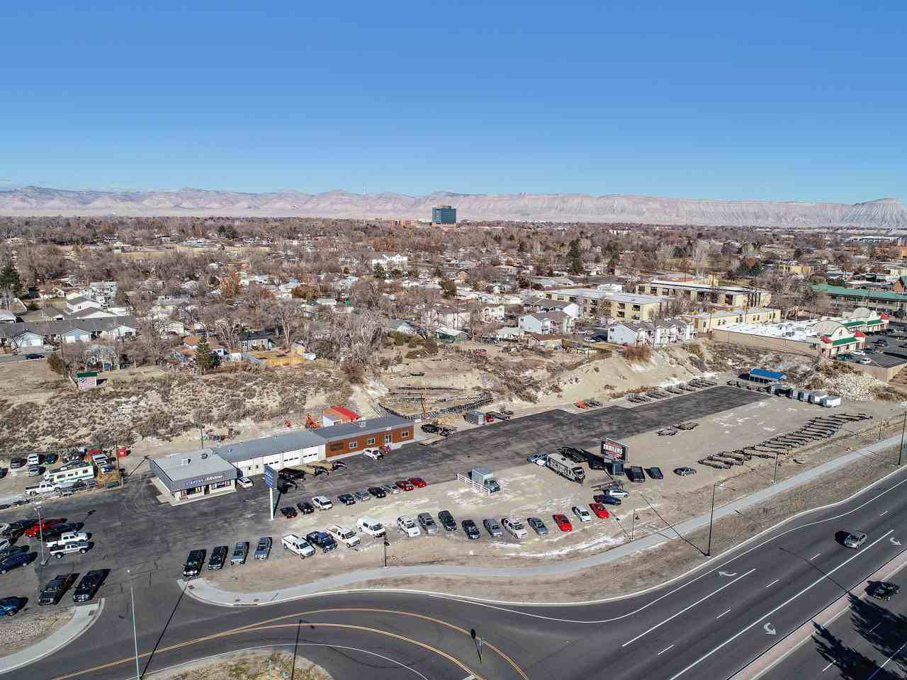 2586 Highway 6&50 Property Photo 5